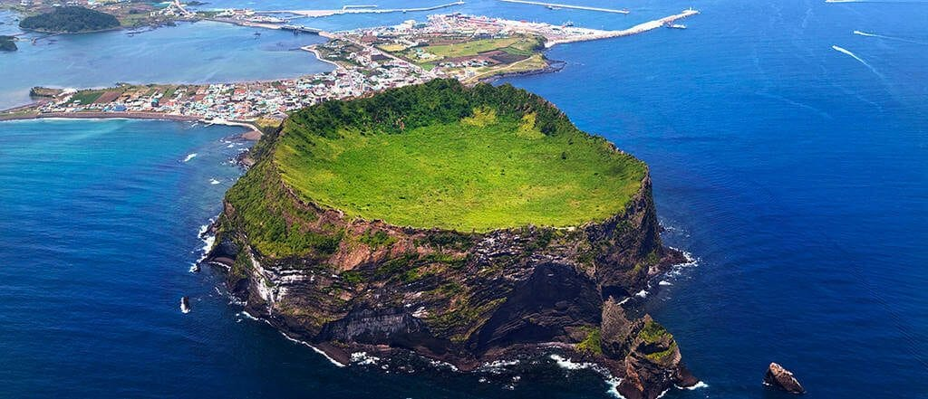 Jeju Island a.ka. the Hawaii of Korea - Places You Must Visit on Jeju Island 7
