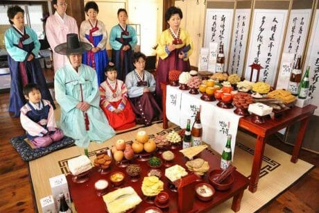 4 Things Koreans Do to Celebrate  추석 Chuseok a.k.a the Mid-Autumn Festival! 7