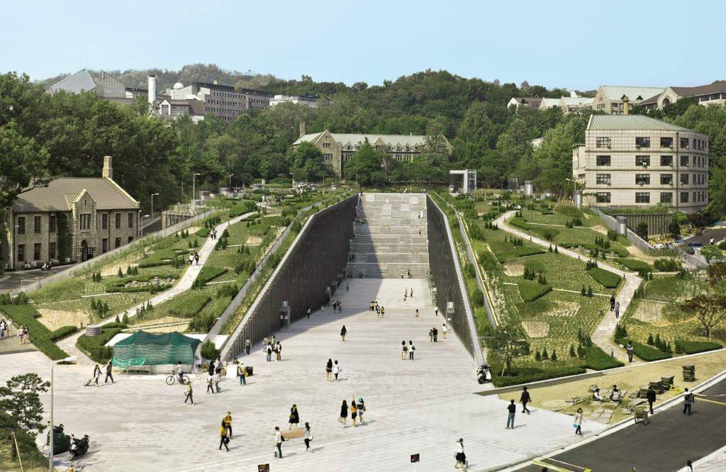 Top 5 Most Beautiful Korean University Campus 4