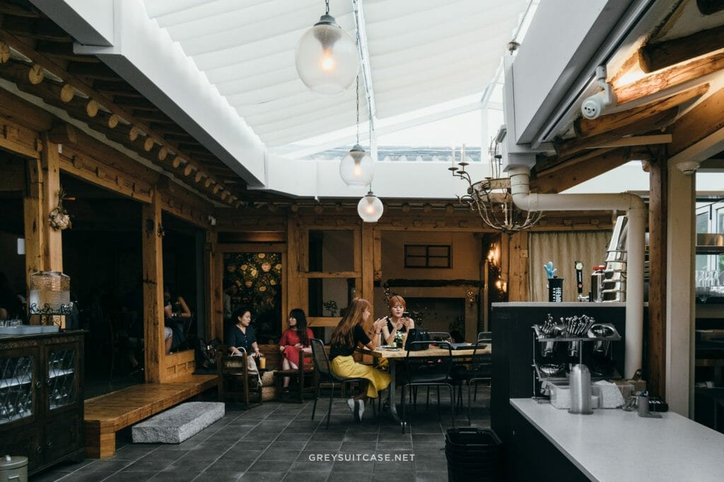 TOP 20 Unique New Cafes to Try in Korea (2020) 3